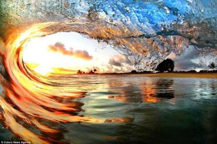 Những bức ảnh tuyệt đẹp về sóng biển
