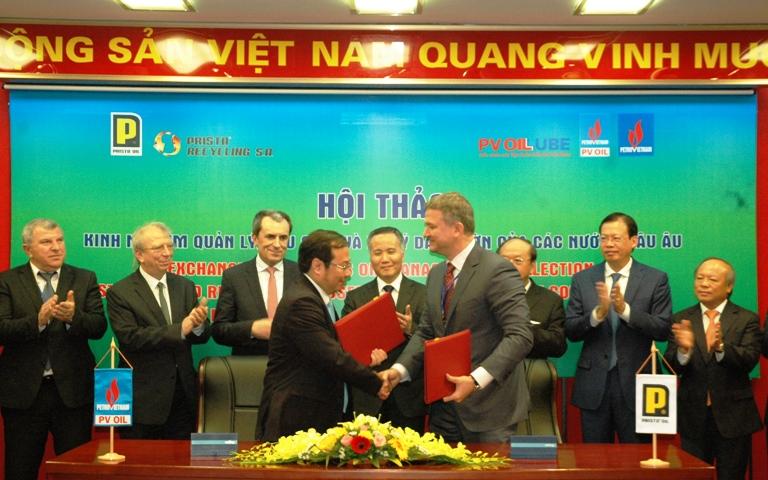Việt Nam – Bun-ga-ri trao đổi kinh nghiệm xử lý, tái chế dầu nhờn